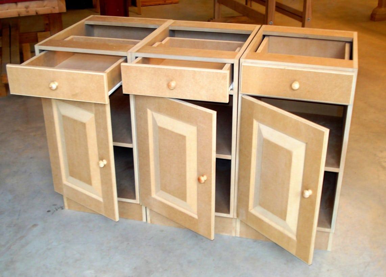 grote meubels en keukens bouwen van MDF