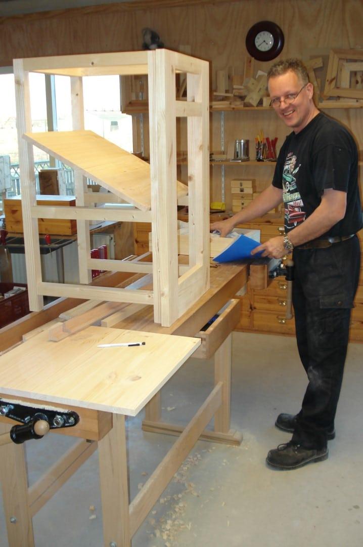 Klassieke keukens bouwen november meubelmakerij passen for Eigen keuken bouwen